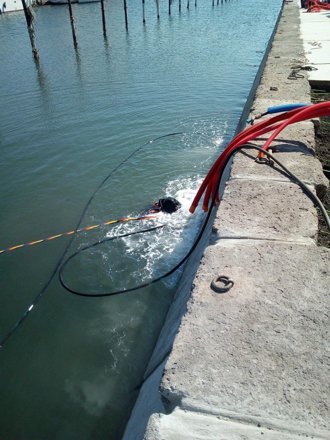 piqueur-sous-marin-sete-travaux