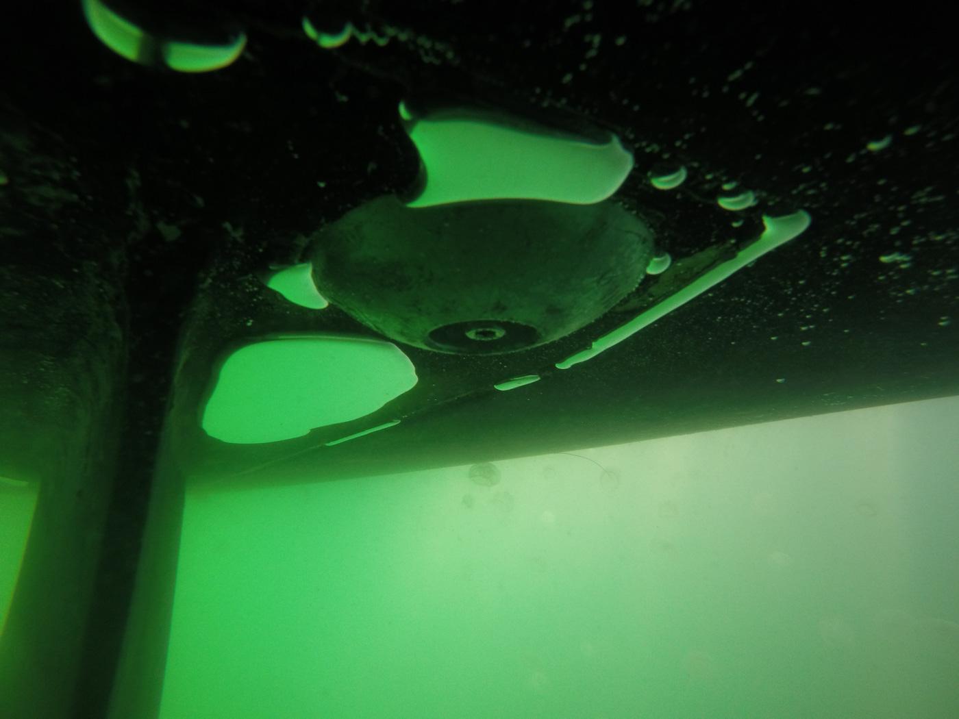 Travaux-sous-marin-sète-nettoyage-coque